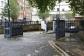 『007/スカイフォール』ロケ地 - スミスフィールド・マーケット  ... MI6バンカーへの入口は食肉市場前の地下駐車場入口