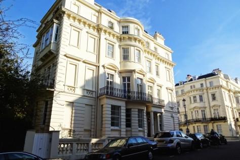 『007/スペクター』ロンドン・ロケ地 - ノッティングヒル ... ボンドのアパート