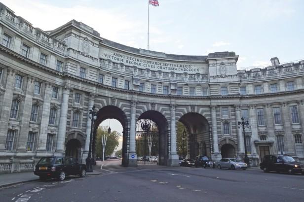 『007/スペクター』ロンドン・ロケ地 - スプリング・ガーデンズ(ザ・マル)