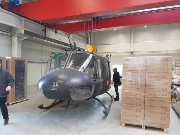 「Bell UH-1D」ヘリコプター
