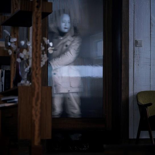 『007/ノー・タイム・トゥ・ダイ』劇中使用の能面風マスク © 007Store