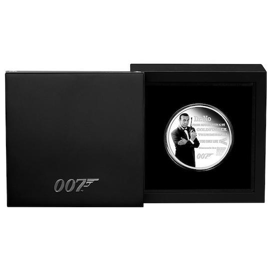 James Bond Legacy Series - Sean Connery © 007Store