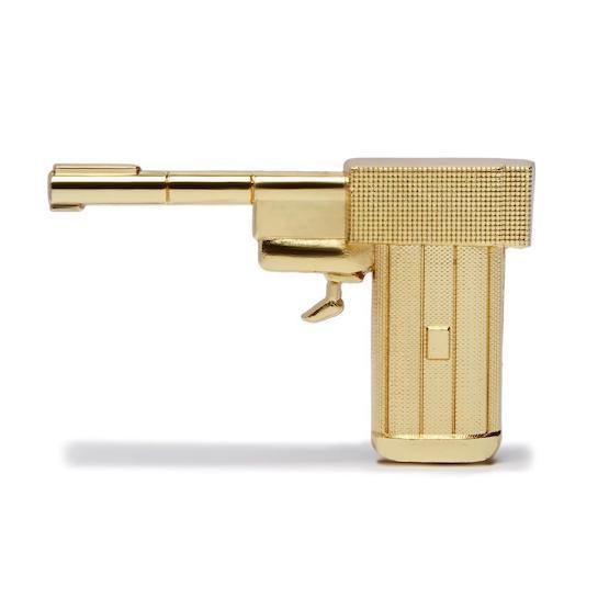 The Golden Gun Magnet © 007Store