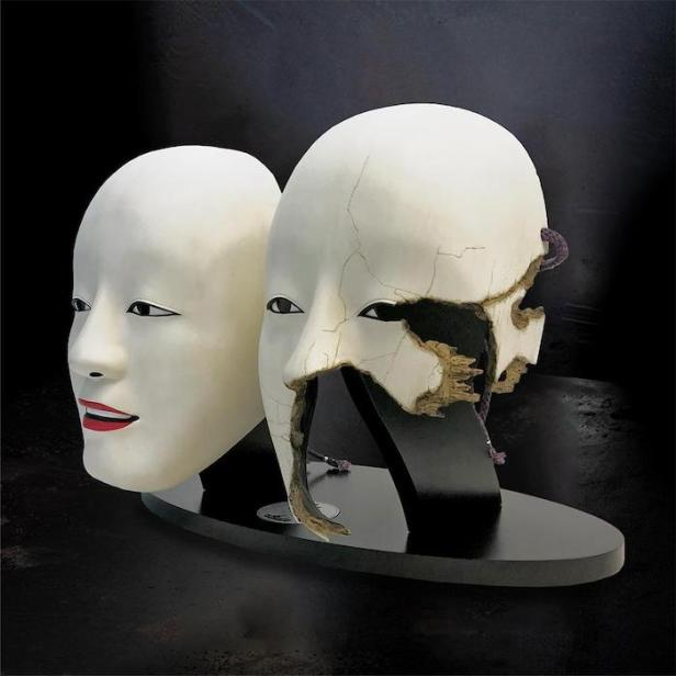 NO TIME TO DIE Safin mask prop replica twin set © 007Store