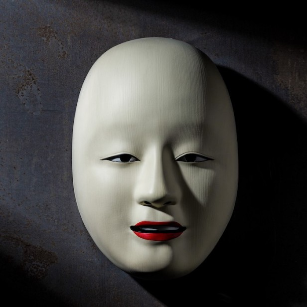 NO TIME TO DIE Safin mask prop replica © 007Store